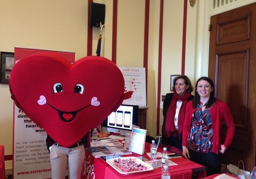 Sister to Sister + Mobomo Celebrate Heart Month